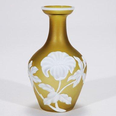 "523: Webb cameo vase, floral, 5 1/8"""