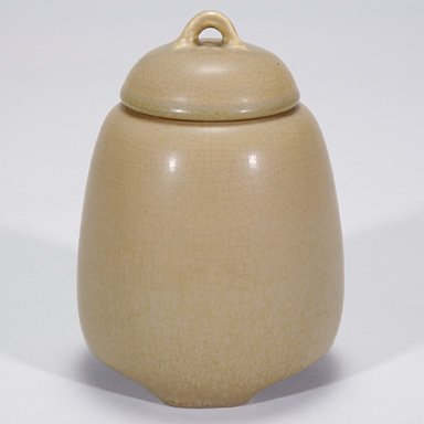 "1017: Rookwood brown mat production lidded jar, 5 3/4"""