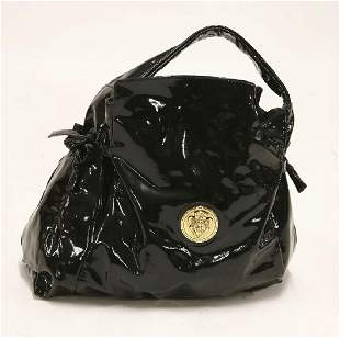 A Gucci patent leather Hysteria tote black handbag