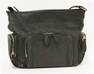 A Burberry black grainy leather shoulder handbag
