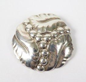 9: A sterling silver brooch by Georg Jensen, No. 82B, i