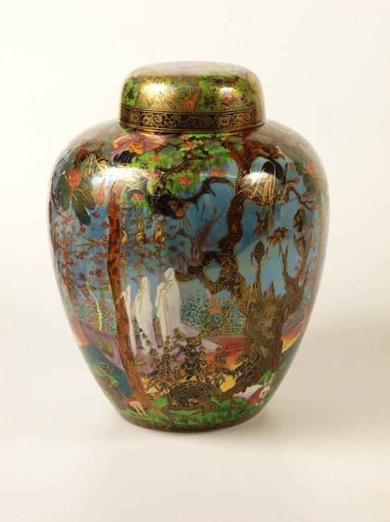 91: A Wedgwood Fairyland Lustre 'Ghostly Wood' Malfrey  - 3