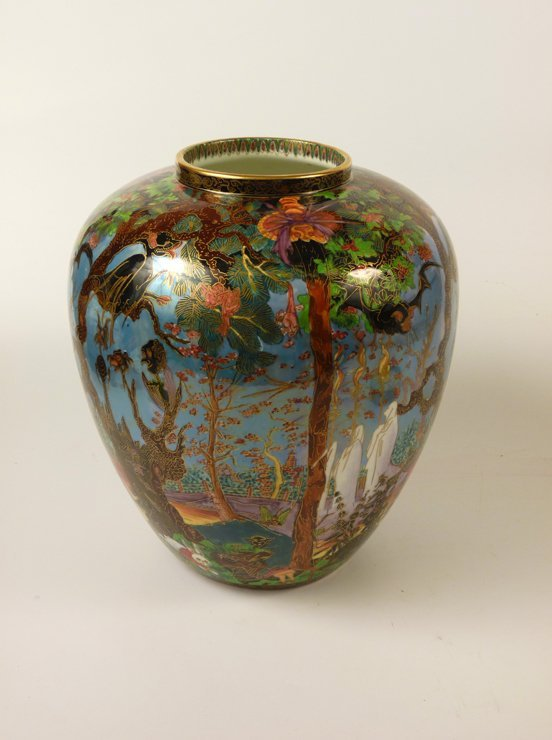 91: A Wedgwood Fairyland Lustre 'Ghostly Wood' Malfrey  - 5