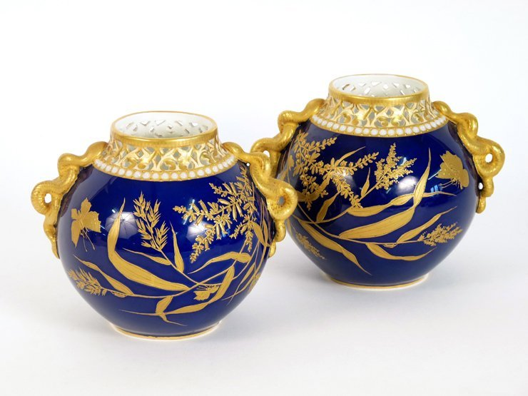 A pair of Grainger & Co. Worcester Vases, the globular