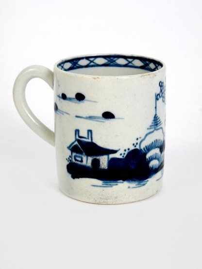 A Bow Coffee Can, c.1760, painted in underglaze blue on