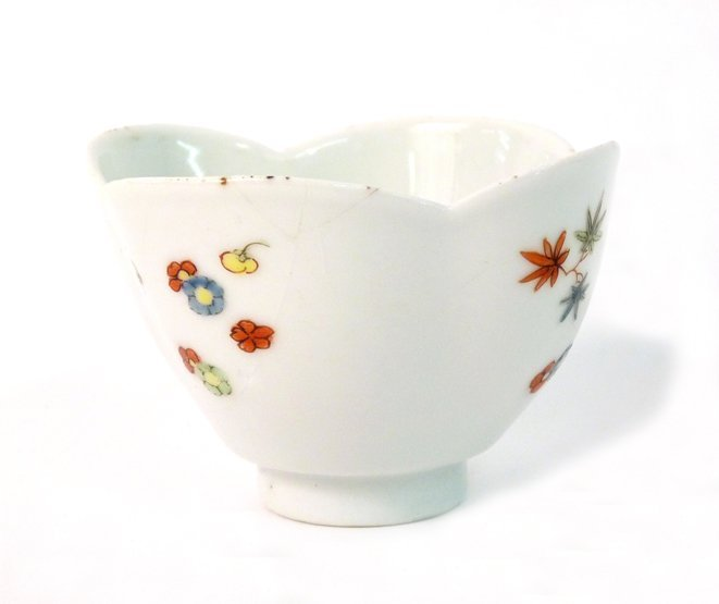 A Meissen quatrefoil Cup, painted with scattered flower