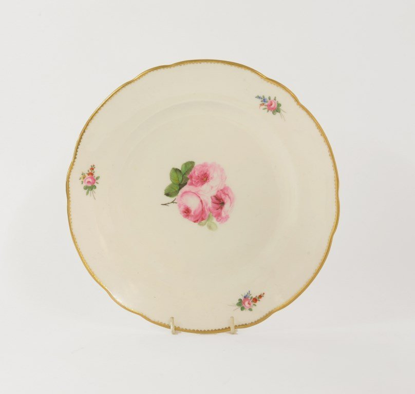 A Nantgarw porcelain Plate, c.1815, painted to the