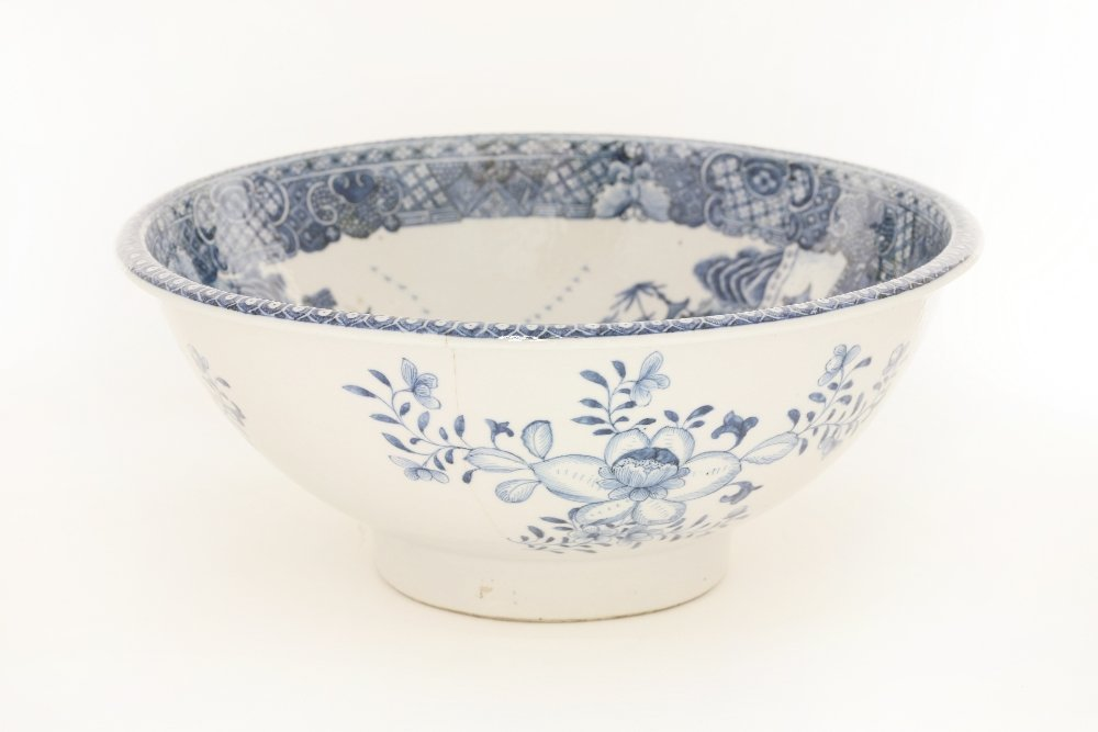 A Chinese blue and white deep bowl, c.1760, well