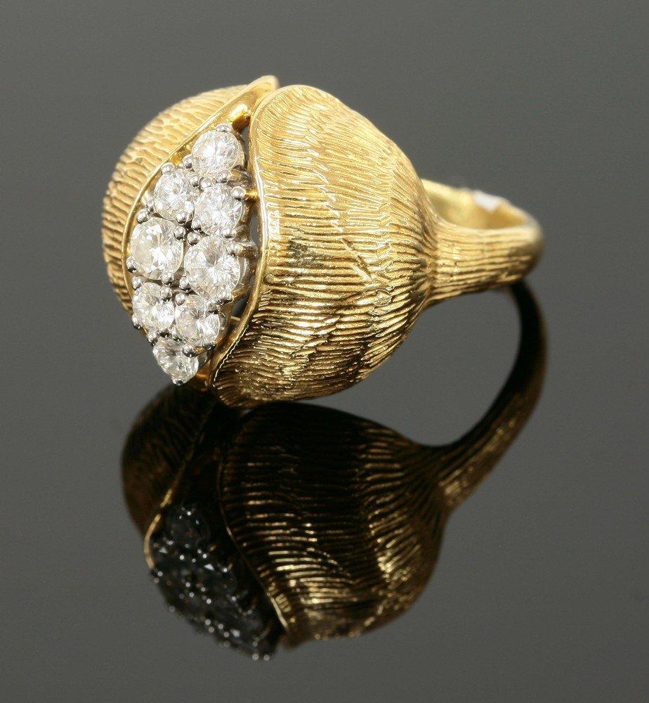 A Continental diamond set gold ring,   c.1950, a