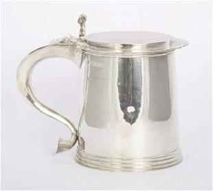 A silver tankard, by William Comyns & Sons Ltd, London