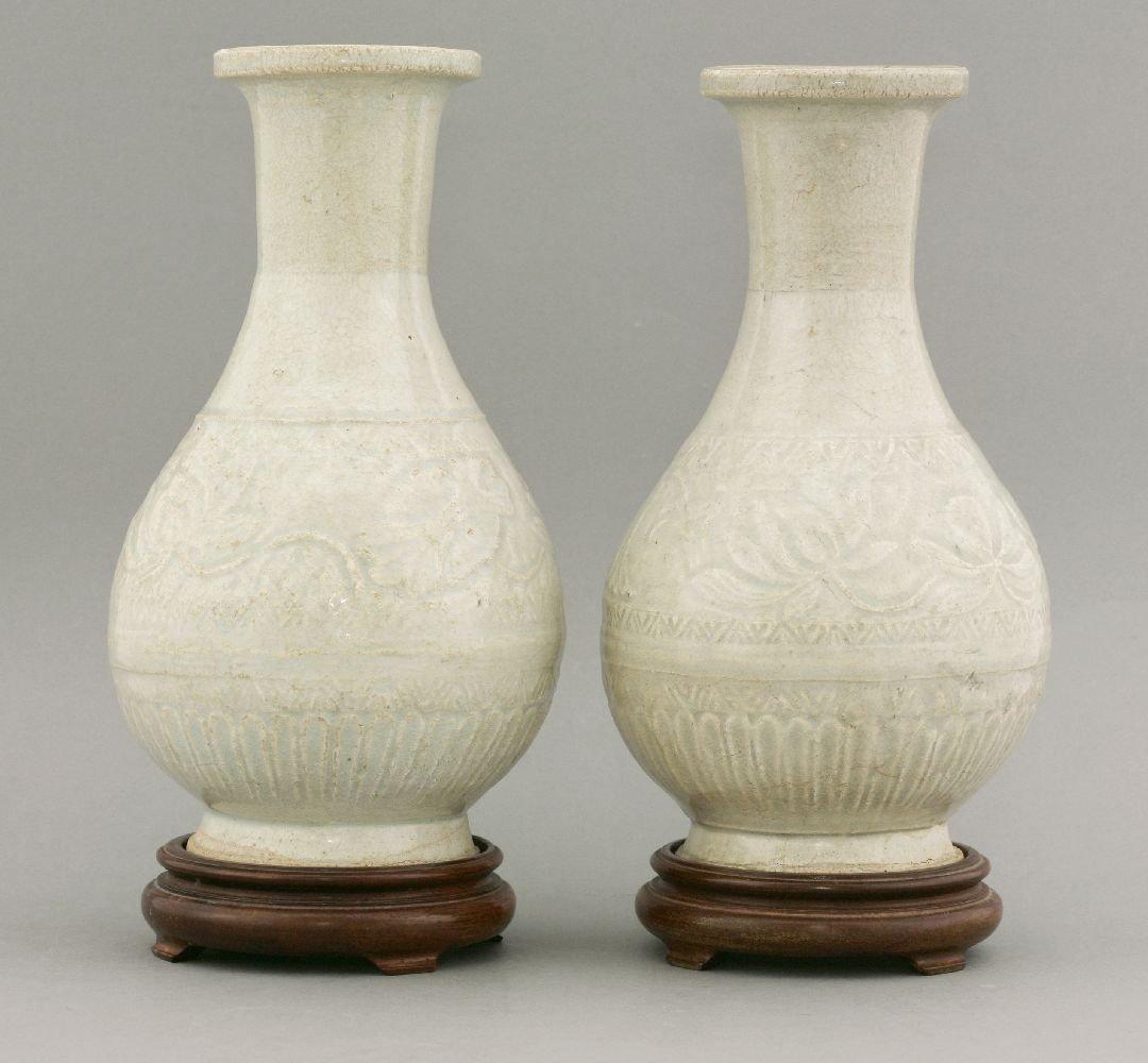 A good pair of Qingbai Vases, Southern Song dynasty