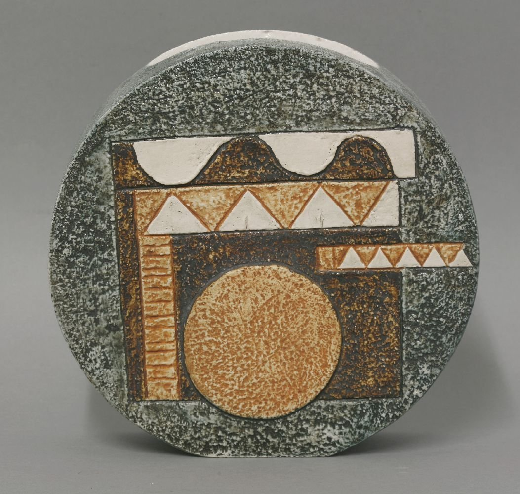 A Troika pottery wheel vase,  by Louise Jinks, with