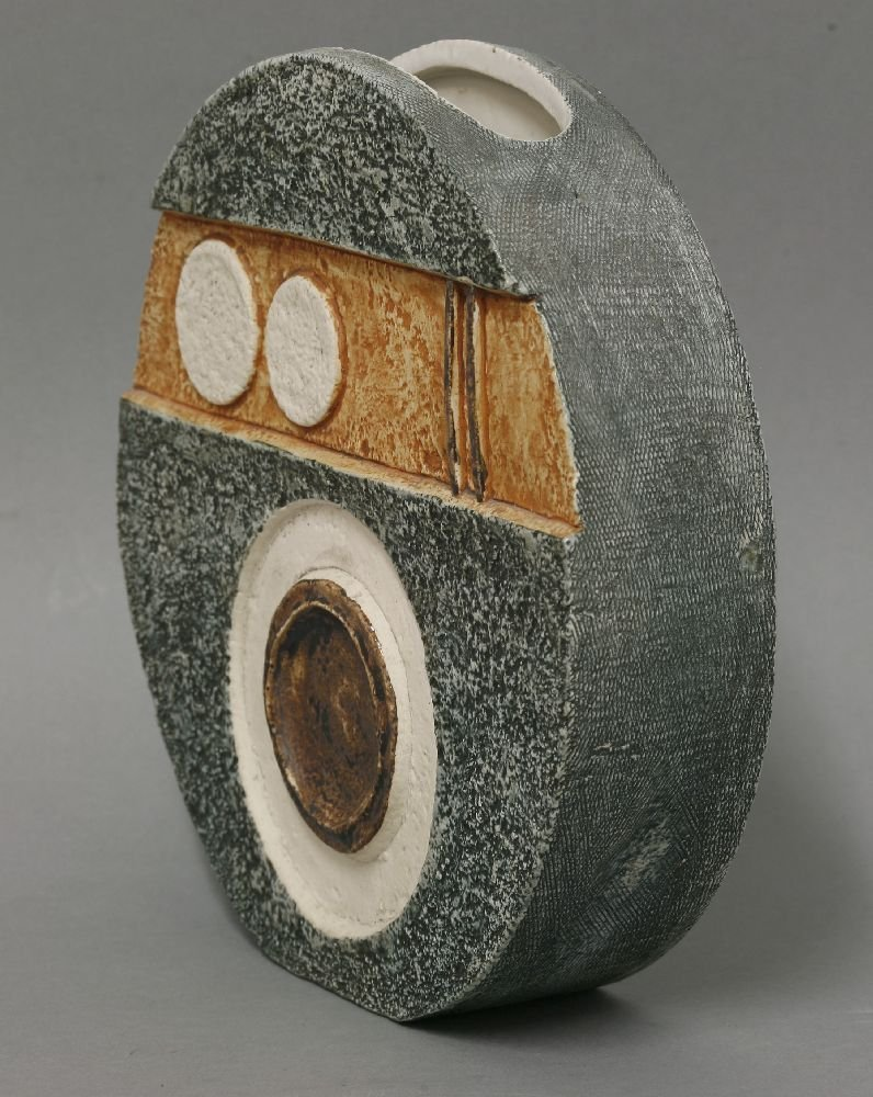 A Troika pottery wheel vase,  by Louise Jinks, with - 2