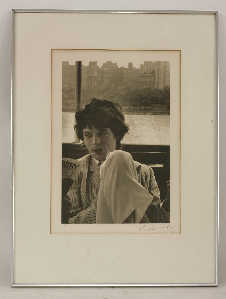 McCARTNEY, Linda (1941-1988): A black and white