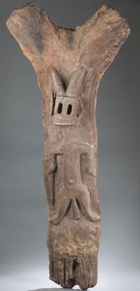 A Dogon toguna post. 20th century.