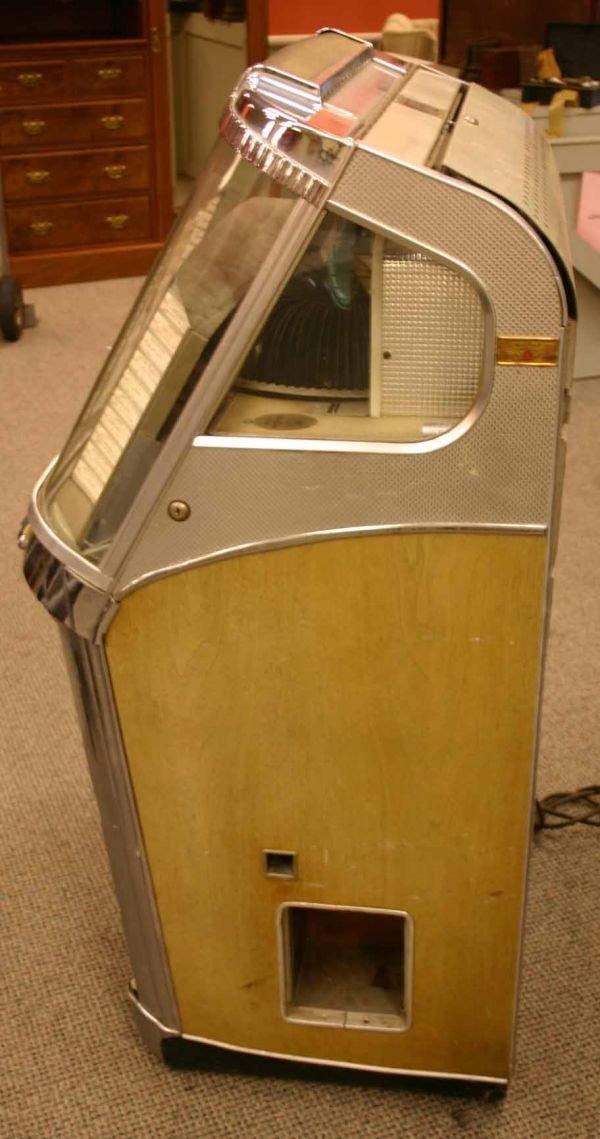 226: Wurlitzer 1956 Centennial Jukebox. Model 2000 - 6