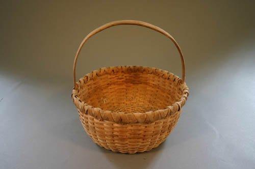 5523: Split oak egg basket