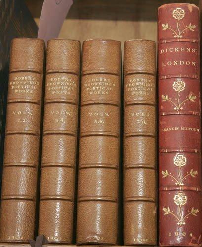 2004: [ENGLISH LITERATURE]. 2 Titles (5 Vols). ++ T