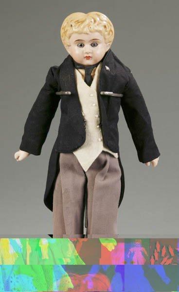 810: Grenier type paper mache shoulder head doll