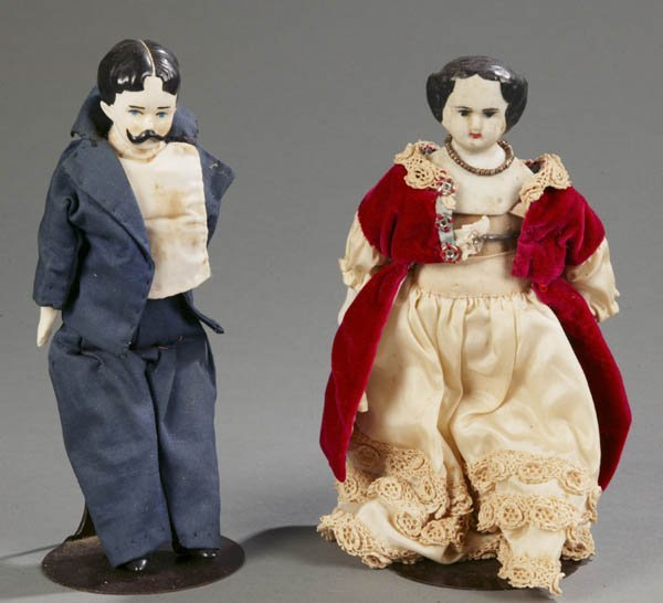 821: Pair of early 20th century china head dolls