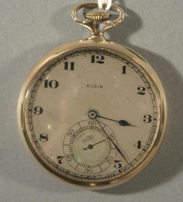 016: An Elgin Watch Co. model 616, size 16 pocket watch