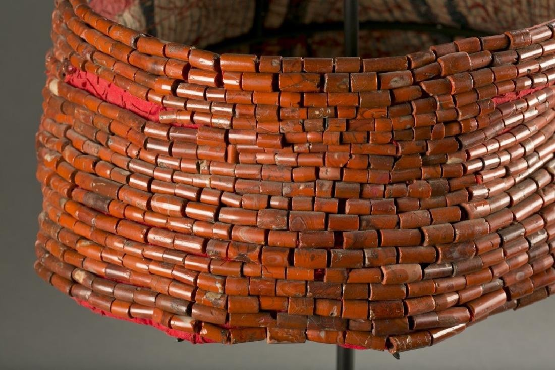 2 coral beaded Benin necklaces, 19th / 20th c. - 2