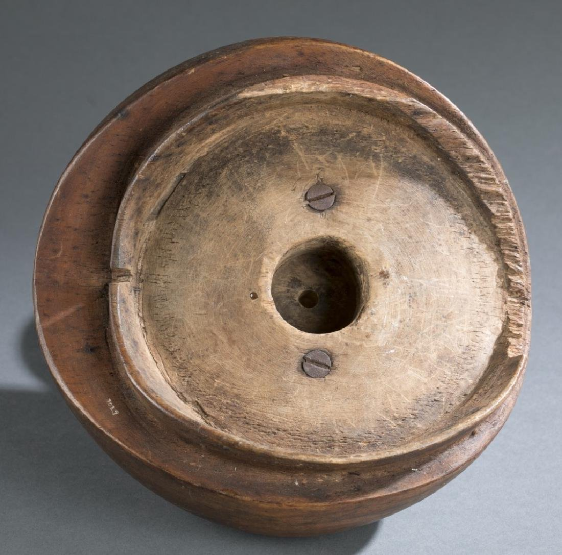 6 ethnographic vessels. 20th century. - 20