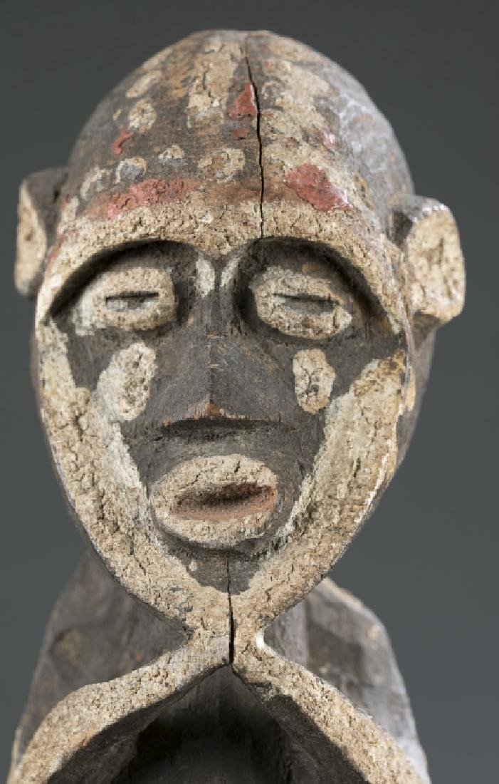 2 West African figures. c.20th century - 8