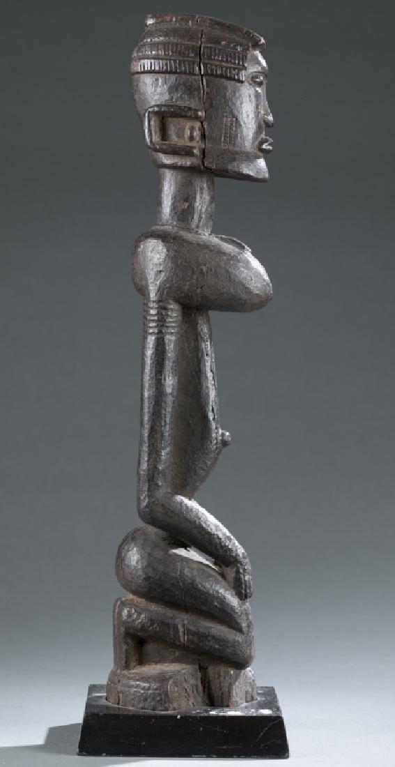 Dogon kneeling female figure. c.20th century. - 3