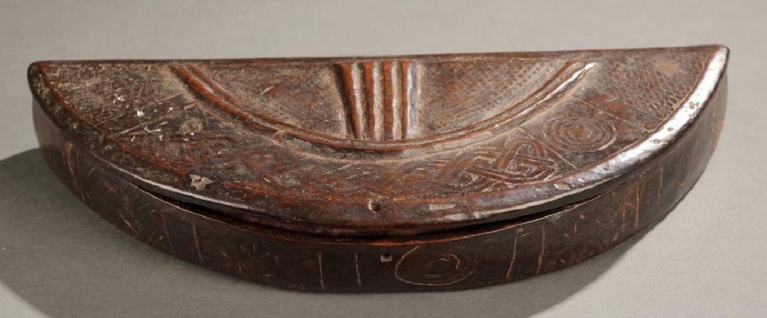 Kuba carved lidded box, 19th century. - 2