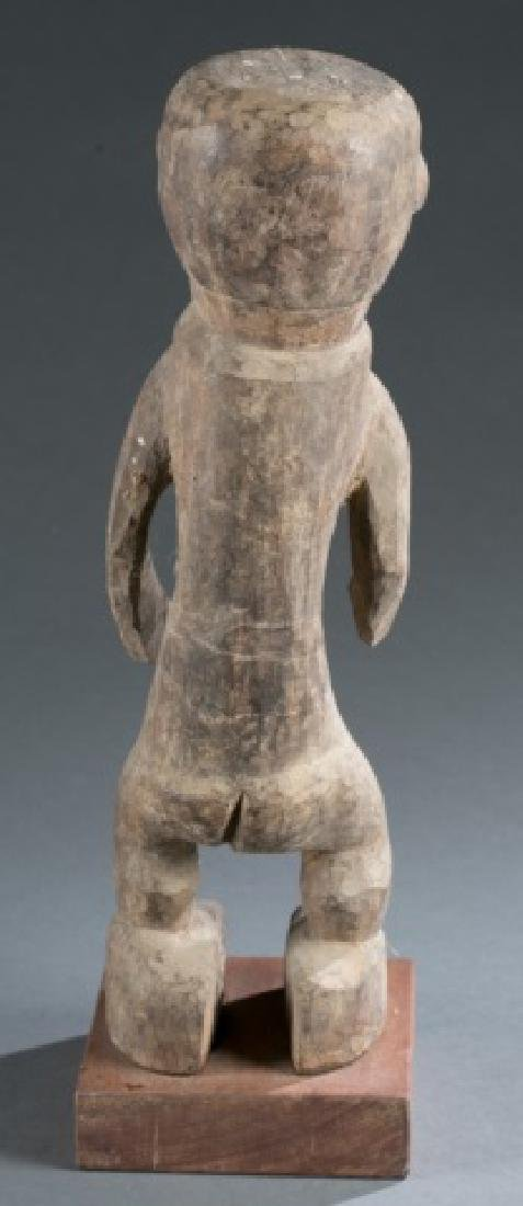Nigerian standing male figure. 20th century. - 4