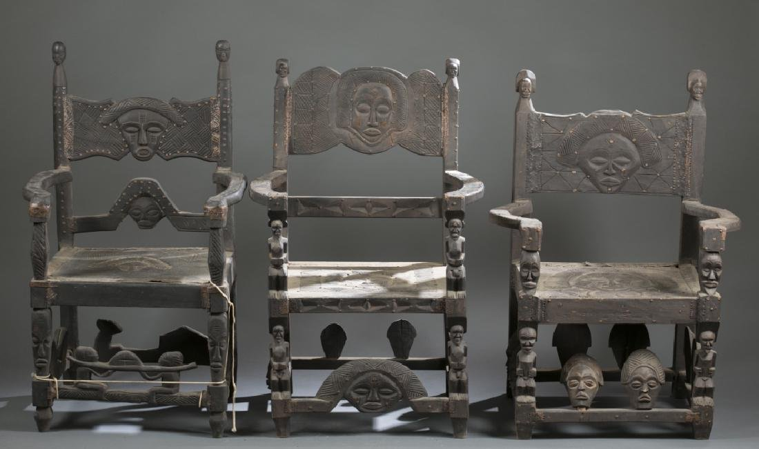 4 African style chairs. c.20th century.