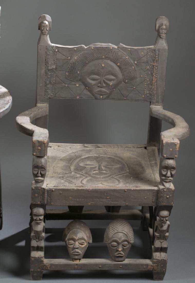 4 African style chairs. c.20th century. - 4