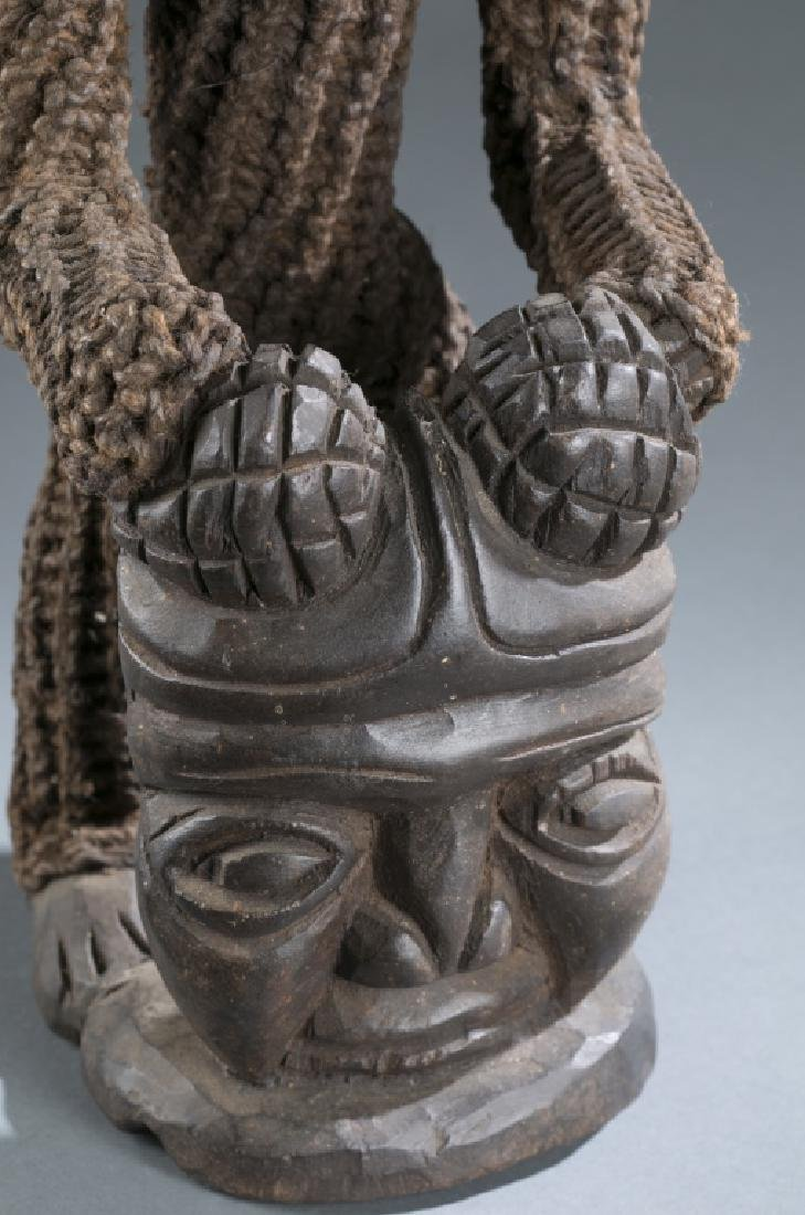 Seated Cameroon style figure - 3