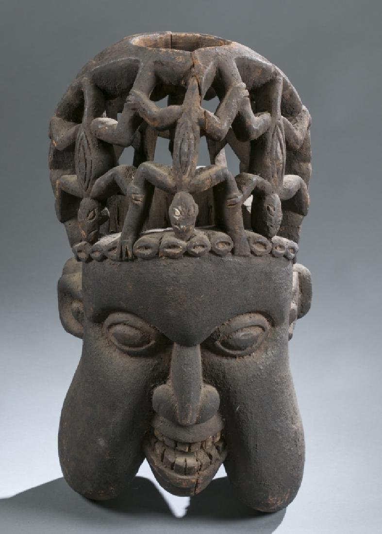 3 Cameroon style objects. c.20th century. - 4