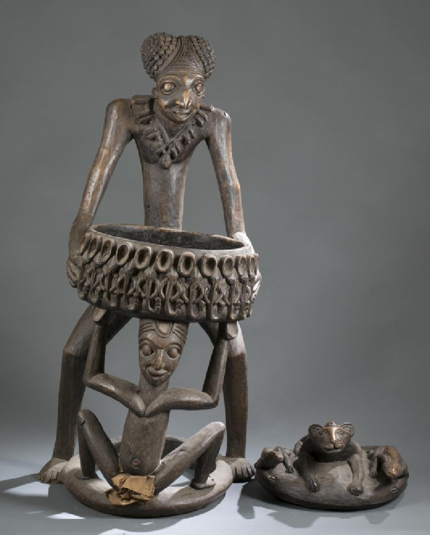 2 Cameroon style objects. c.20th century. - 2