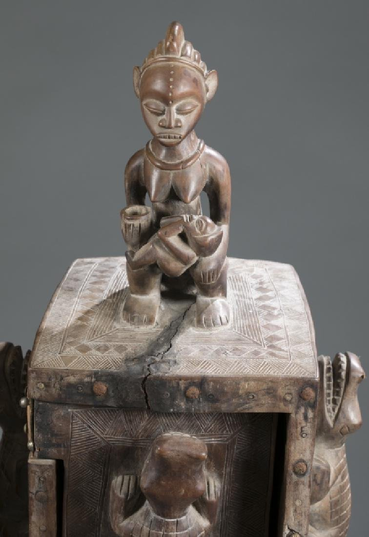 2 Gabon style sculptures. C.20th century. - 4