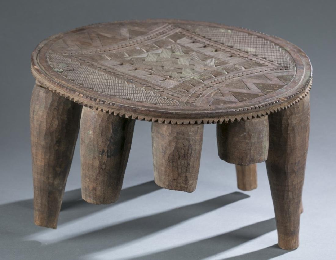 Group of 5 African style objects. - 4