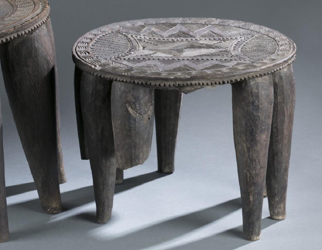 Group of 5 African style objects. - 8