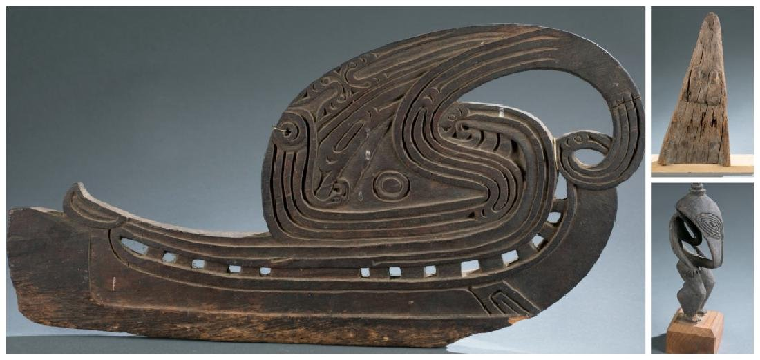4 Sepik River style objects. c.20th century.