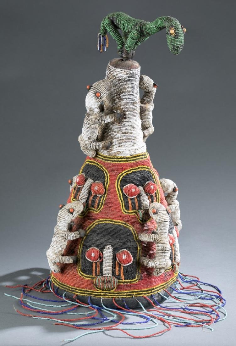 2 Yoruba style beaded objects. c.20th century. - 7