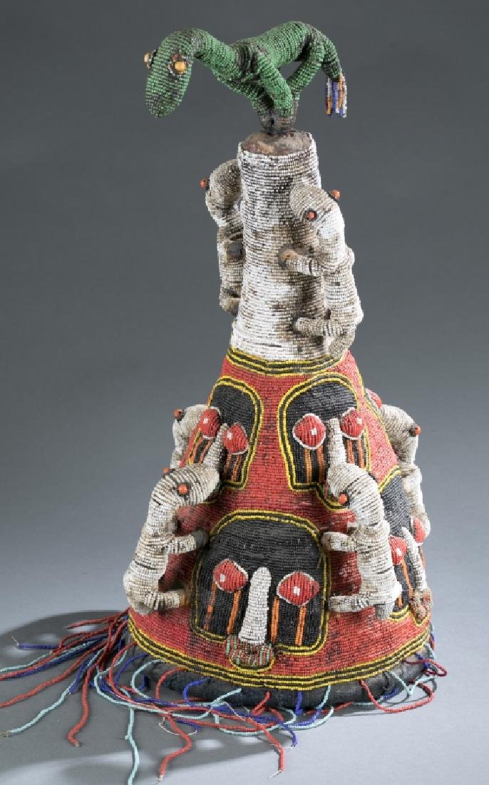 2 Yoruba style beaded objects. c.20th century. - 8