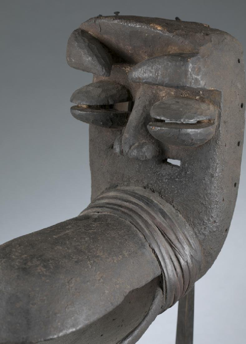 African style mask. c.20th century. - 2
