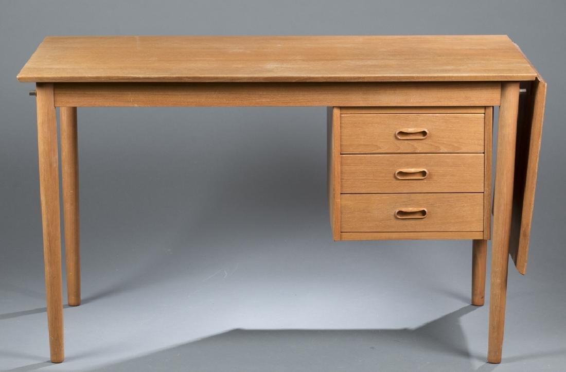 Arne Vodder Danish teak desk for Johannes Hansen.