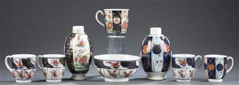 8 English Worcester porcelain pieces.