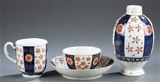 4 Worcester Imari style pieces.