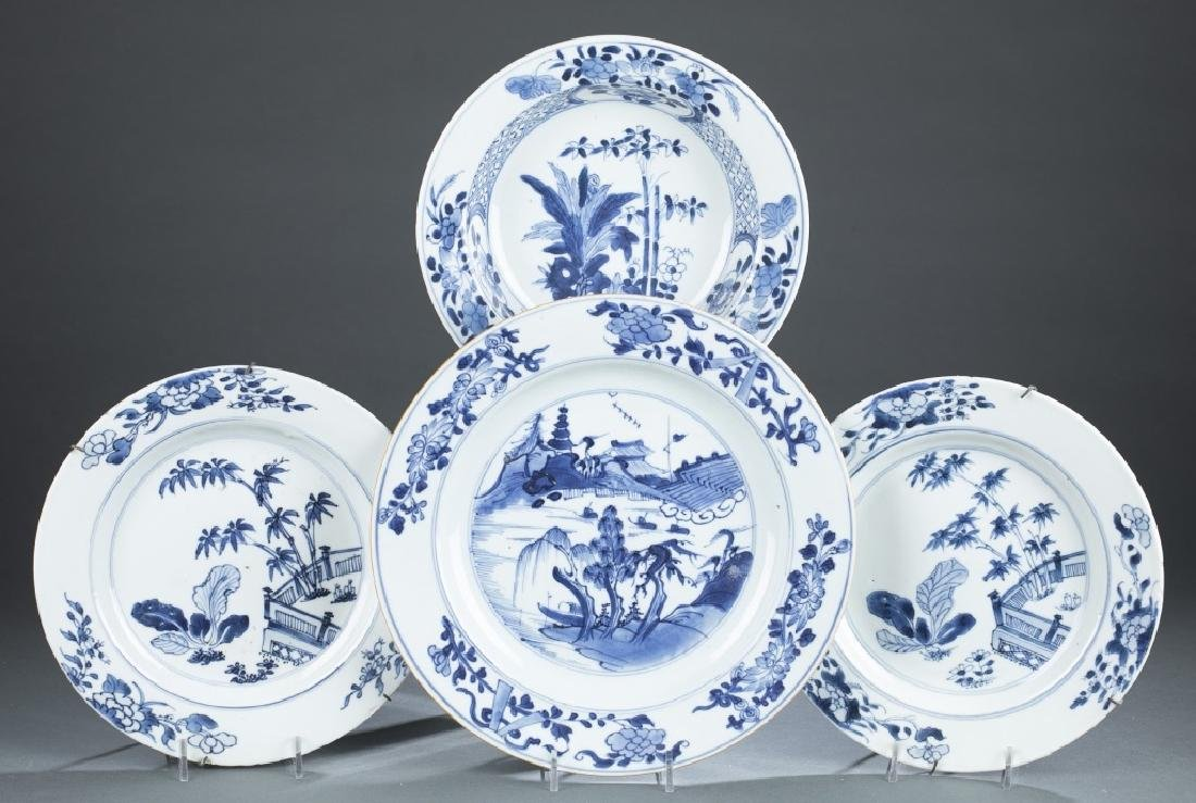 4 Chinese export blue and white plates.