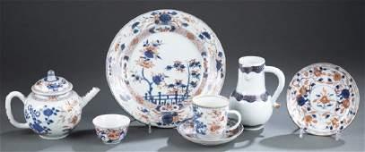 7 Chinese export Imari porcelain pieces.