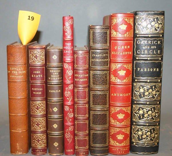 1019: 7 books in leather bindings