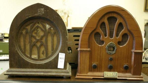 801: Lot of 2 vintage radios; Peerless small cathedral
